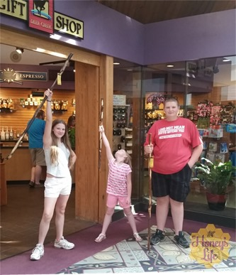 Ohio State Deer Creek Park and Lodge Gift Shop