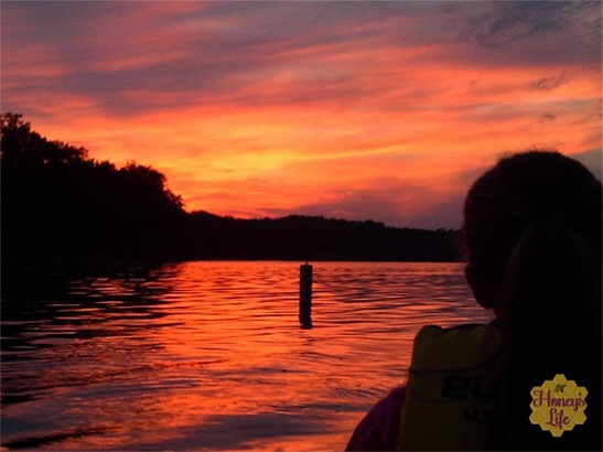 Sunrise on the lake at Ohio State Deer Creek Park and Lodge while kayaking with Rhea